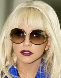 Post a picture of Lady Gaga wearing sunglasses.