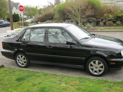 Seattle Jetta Fans: Selling a fully loaded black 99 Jetta GLX (only 60K) in great condition. Anyone interested? Any fan sites you'd recommend?