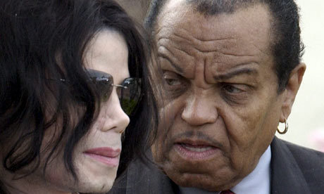 Is it me? but does Joe look really angrey with MJ?