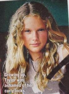 Taylor Swift   on Taylor Swift Without Makeup Or Her When She Was Younger    Props