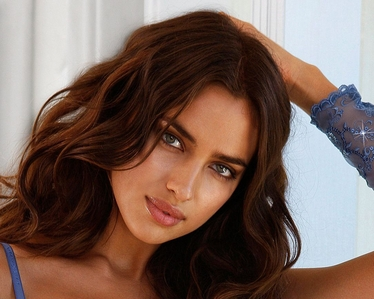 What do u think about his gf IRINA SHAYK?