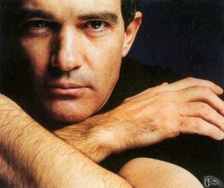 Antonio Banderas well he isn't my no.1 but i just saw him dance a tango in Take The Lead and ive been watching that scene over and over so i had to put a pic of him but Jensen Ackles, Misha Collins, Orlando Bloom, Colin Farrell, Johnny Depp, Hugh Jackman are all on my 一覧