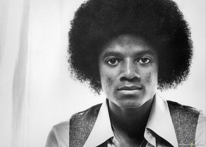 In 1976 he was 18 I think this pic is from 76... :]