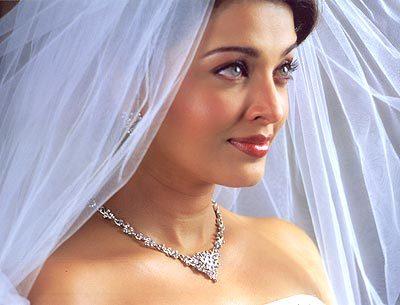 she,s so pretty bride