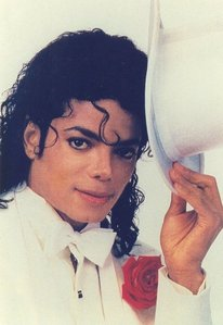 This is one of my favorieten ♥ I adore his curl in the front (: !
