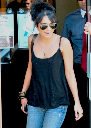 Vanessa Hudgens !!!!! I Really Love Her !!