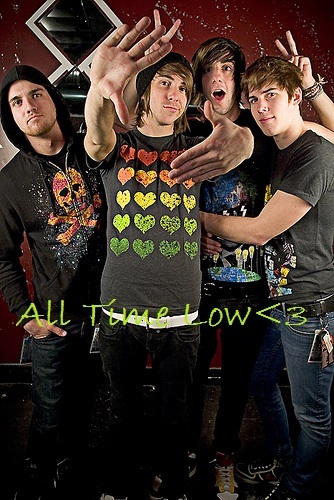 """1.right now """"Therapy""""-All time low AMAZING song!!♥ 2.purple<3 3.mint chocolate yummy!!! :3 4.fave band-ALL TIME LOW!!!! THEY ROCK!<333 5.hmm...home? i like being ہوم (: 6.the one i have right now (idk what its called) lol 7.New Moon ♥ 8.Twilight series <3 9.Jacob Black<333 10.Aeropostal!! (thats mostly all i wear) ♥ ((:"""