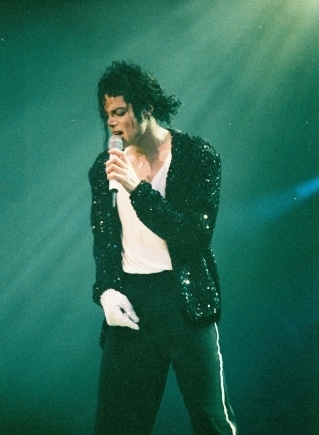 his iconic BILLIE JEAN costume...