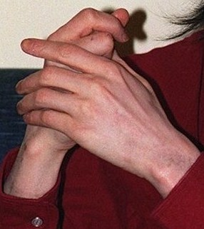 yesss.. his hands are perfect!!! I wish I could hold his hands...
