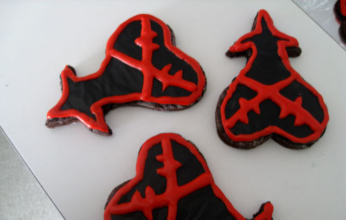 If I give 你 a cookie shaped like the heart-less symbol will 你 calm down?