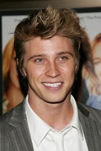 that smile! the eyes. the perfect teeth. the hair. plus he's a helluva good actor
