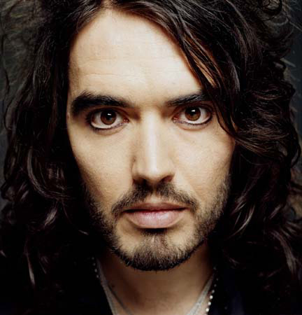 A want a boy whose sweet, funny, sexy, protects me, who everyone loves, eccentric, creative,whose a bad boy with a sensitive side, got awesome scruffy looks, & a sexy british accent <3 <3 <3 <3 Basically i want Russell Brand, & with all those personality charactoristics...