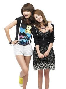 Sooyoung and Hyoyeon :D they were the first ones I noticed because they're smiles are different than the others.