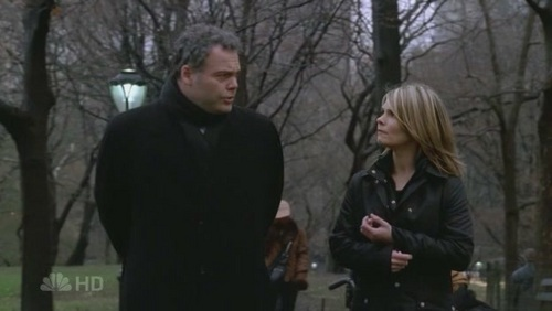 "te mean people in my case The guy is Detective Robert ""Bobby"" Goren (Vincent D'Onofrio) and the woman is Detective Alexandra ""Alex"" Eames (Kathryn Erbe) they are from Law & Order:Criminal Intent. They are my OTP."
