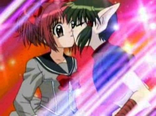 The one on the left is Ichigo from Tokyo Mew Mew, the one on the right is Kisshu from Tokyo Mew Mew, he's an alien who loves her. Ichigo is a Mew Mew who has to fight the aliens and hates Kisshu.