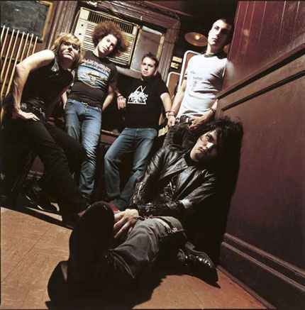 I don't like Flyleaf o Justin so I'll go with... My Chemical Romance!!! <3