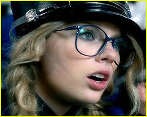 Taylo Swift You Belong With Me Lyrics Taylor Swift Fanpop
