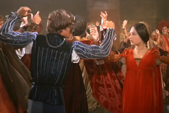 Romeo & Juliet doing the Moresca Dance #2