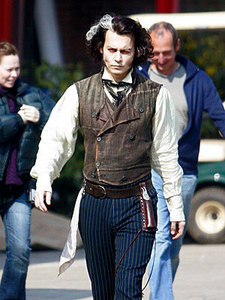 Sweeney Todd Costume Breakdown Johnny Depps Movie Characters Fanpop