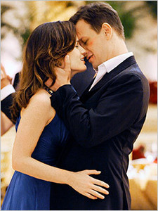 Josh Charles and Elizabeth Reaser in 'The Good Wife' 2x05.