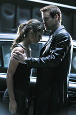 In the end Alex escapes the terrorist to be finally located bye Michael! You'd think Michael would have learned not to leave recruits on their own 由 now. We all know what happened withNikita!