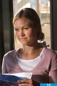 """Julia Stiles as Lumen Pierce on """"Dexter"""""""