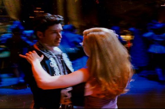 The dancing scene with Giselle & Robert was so enchanting I just loved everything about that scene, it was brilliant.