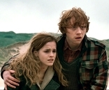 Hermione and Ron after escape from Malfoy Manor