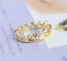 Alicen's ring.