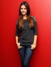 Victoria Justice as Zoey