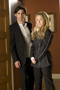 dag 25: Claire and Peter it's to bad he's Claire's uncle they would've made a good couple!