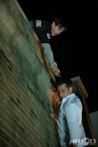 dag 15 - A Scene That Made u Cry : When Nathan fell from the roof :'( && Nathan's funeral. ALSO sce