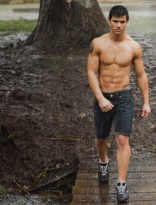 Round 2: Jacob shirtless Winner:Haley-Lautner