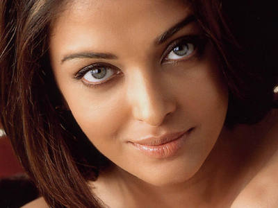 Vikki is amazing. I also think Aishwarya rai has a gorgeous face.