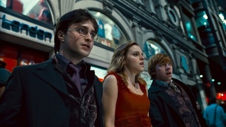 Tag 1. The best movie Du saw during last Jahr Harry Potter and the Deathly Hallows part 1