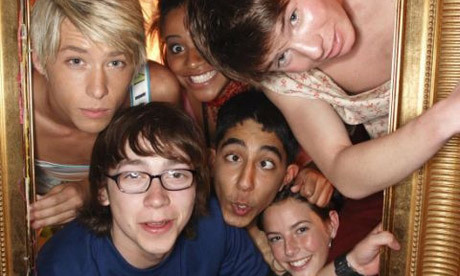 Day 04 - Your favorite show ever:  Skins ♥ .