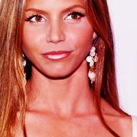 9.Actress