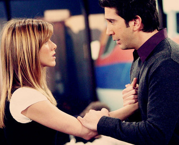 دن #2: What was your very first ship? Ross and Rachel