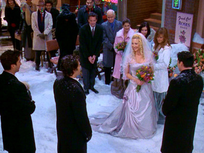 dia 12: Who had the best wedding? Phoebe and Mike :)