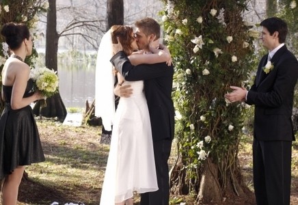dia 12: Who had the best wedding? Peyton and Lucas