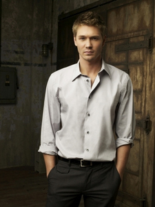 Day 1 – Your favorite male character:  Lucas Scott ♥ .