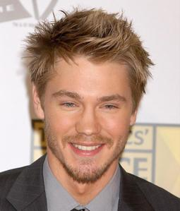 दिन 5 – Your प्रिय actor Chad Michael Murray