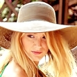 Day 2 (Your favorite female character):  Serena Van Der Woodsen