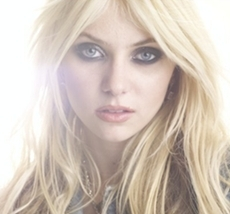 Day 4 - Your least favorite character:  Jenny Humphrey (after Season 1) I think :P