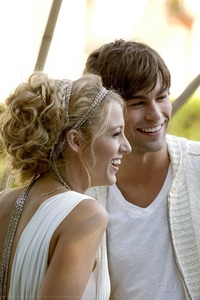 Day 24 – My favorite Gossip Girl Premiere: Has to be Season 2. With the Serenate kiss to the amazin