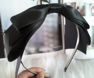 Edith ShopGirl Black ribbon hairband US$12