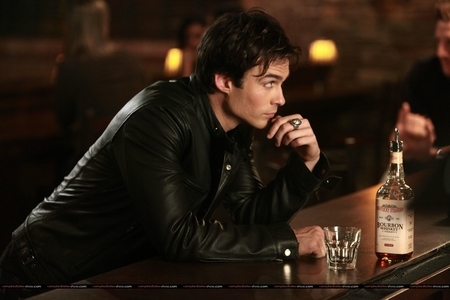 hari 1 ~ Your Favourite Male Character Damon Salvatore