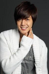 Our Leader Kim Hyun Joong stole my heart!! I love everything thing about him!!! saranghae oppa!!!!