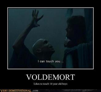 just something 随意 I thought would freak out Voldy 粉丝 (if there are :P)