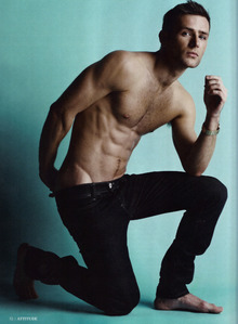 Yes, siriusly. Harry Judd has gotten so fit.
